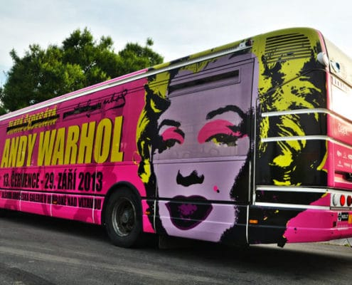 celopolep-autobus-Andy-Warhol